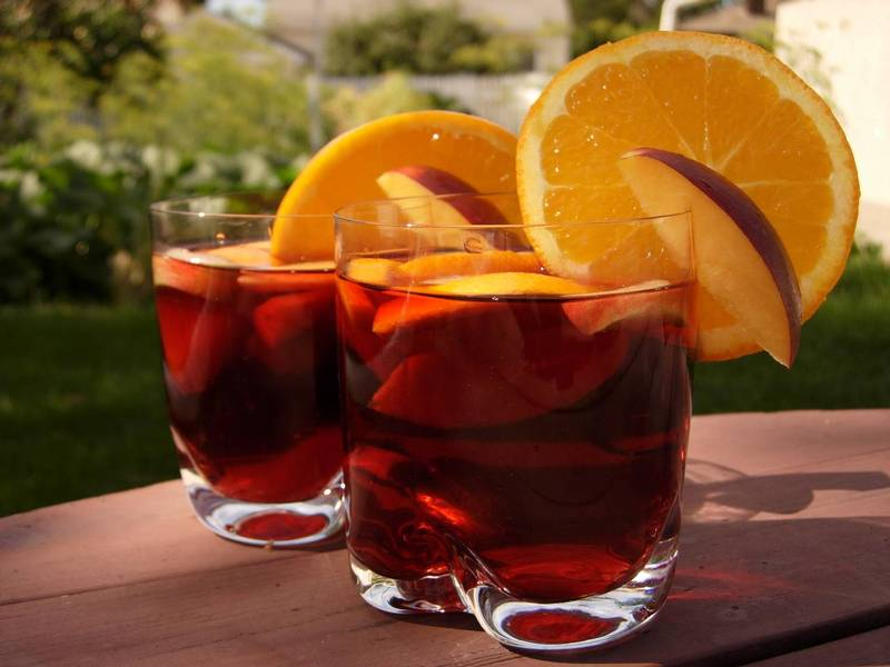 Sangría – nápoj horkého léta
